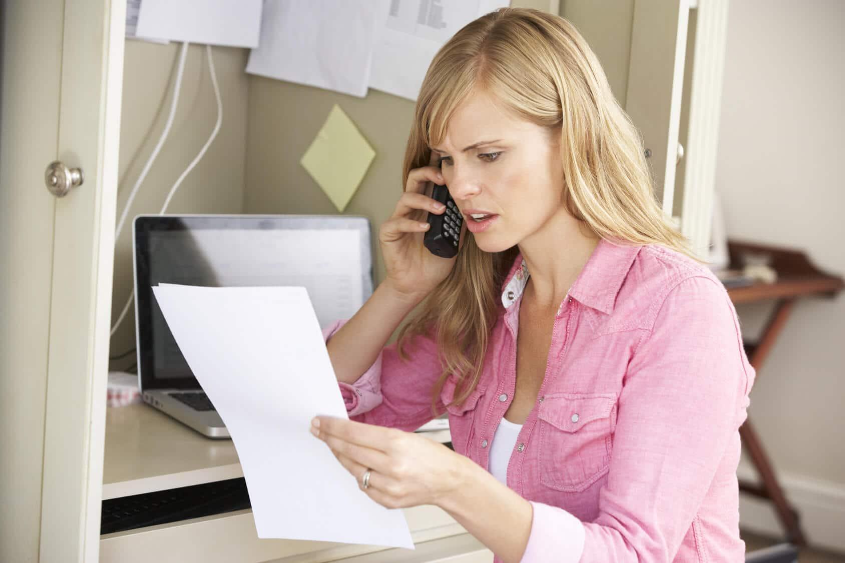 Online-Dating-Telefon-Betrug Beste Plätze zum Anziehen im Gymnasium