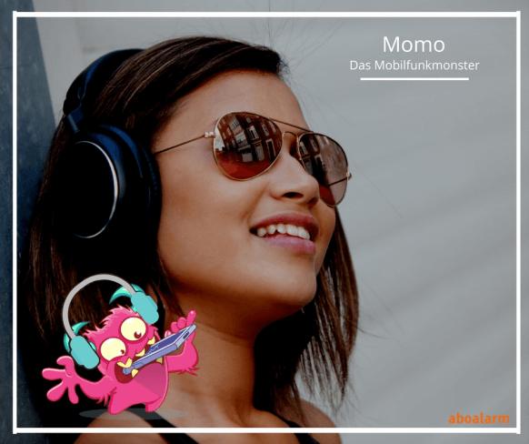 Momo Mobilfunkmonster hört Musik