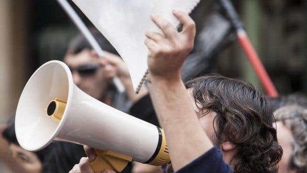 Foto zu Bahnstreik, Poststreik und Co: Antworten auf die wichtigsten Fragen in unserer Streik Q&A