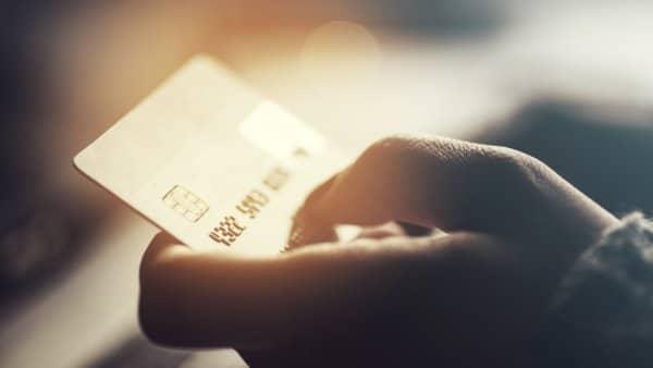Foto zu Hohe Dispozinsen trotz Niedrigzinsphase? Jetzt Bank wechseln und sparen!